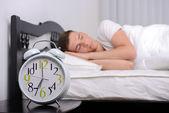 Homem dorme — Foto Stock