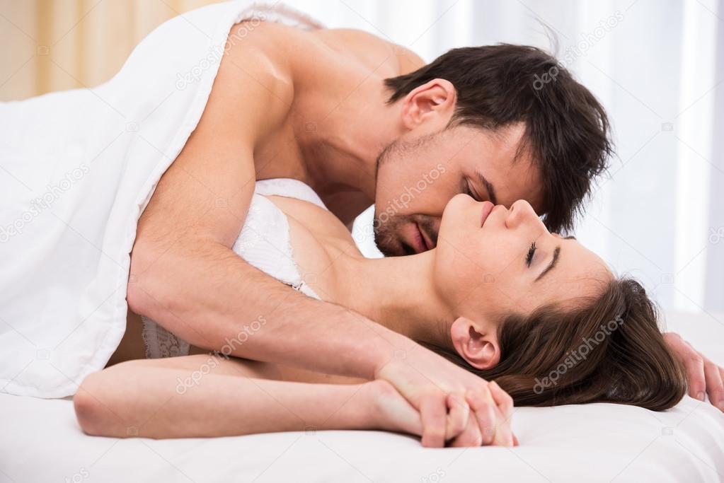 romanticheskiy-perviy-seks