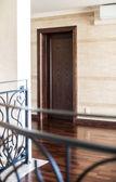 Empty hallway in house — Stockfoto