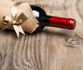 Gift bottle of red wine — Стоковое фото