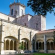 Santander Cathedral, arches and inside facade from the cloister — Stock Photo #68090787