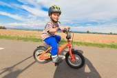 Little boy on a bicycle. — Stock Photo