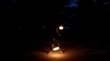 Fire show artist twists fire — Stock Video