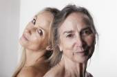 Portrait of old woman in her eighties with her adult daughter — Photo