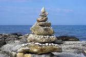 Pyramid of sea stones — Stock Photo