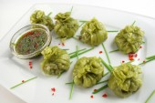 Chinese Dim Sum with soy sause — Stock Photo