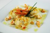 Ravioli witih shrimp — Stockfoto