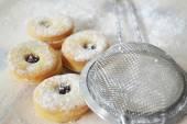 Linzer christmas cookies — Stock Photo