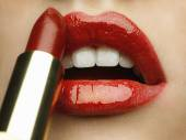 Detalle de maquillaje de labios rojos de belleza — Foto de Stock
