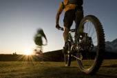 Mountainbike downhill — Stock Photo