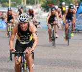 Anja Knapp cycling in the transition zone — Stock Photo