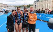 Prize ceremony, Sarah Groff, Andrea Hewitt, Nicky Samuels — Stockfoto