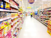 Supermarket store blurry for background — Stock Photo
