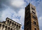 Lucca cathedral facade 02 — Stock Photo