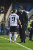 Soldado and Pellegrino during UEFA Champions League match — Stock Photo