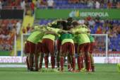 Spain players Embraced during warm-up before the match — Stock Photo