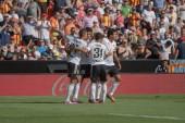 Jugadores del valencia celebrando un gol — Foto de Stock