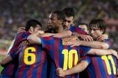 Barcelona players celebrate goal — Stock Photo