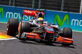 Hamilton podczas europejskich Grand Prix Formuły 1 — Zdjęcie stockowe