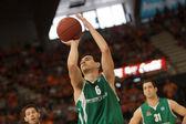 Free throw of Nikos Zisis — Stock Photo