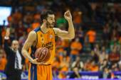 Valencia Basket Club in action — Stock Photo