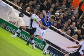 David Navarro (L) and Klaas-Jan Huntelaar (R) in action — Stock fotografie