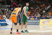 Stefan Markovic (R) and Guillem Vives (L) in action — Foto Stock
