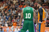 Bojan Dubljevic (R) and Will Thomas during the game — Foto Stock