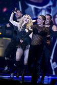 Madonna performs during her Sticky and Sweet Tour — Stock Photo