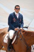 Cavalier sur le cheval au cours du Global Champions Tour d'Espagne — Photo