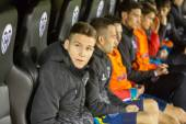 Sevilla  players on the bench — Photo