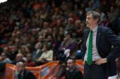 Lokomotiv Kuban coach Sergey Bazarevich — Stock Photo