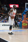VALENCIA, SPAIN, FEBRUARY 15:  Kc Rivers in action during Spanish League match between Valencia Basket Club and Real Madrid at Fonteta Stadium on February 15, 2015 in Valencia, Spain — Stockfoto