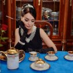 ������, ������: Beautiful girl at the image of Audrey Hepburn