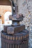 Old wooden manual press used to press the grapes and make wine — Stock Photo