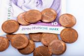 Former german coins and 10 Marks Banknote, — Foto de Stock