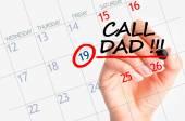 Call dad calendar reminder date — Stock Photo