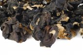 Dried black Fungus (Jew's Ear Mushroom ) on white background — Stock Photo