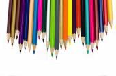 Färg pennor isolerad på vit bakgrund på nära håll — Stockfoto