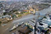London and River Thames City Scape with warship in dock — Stock Photo