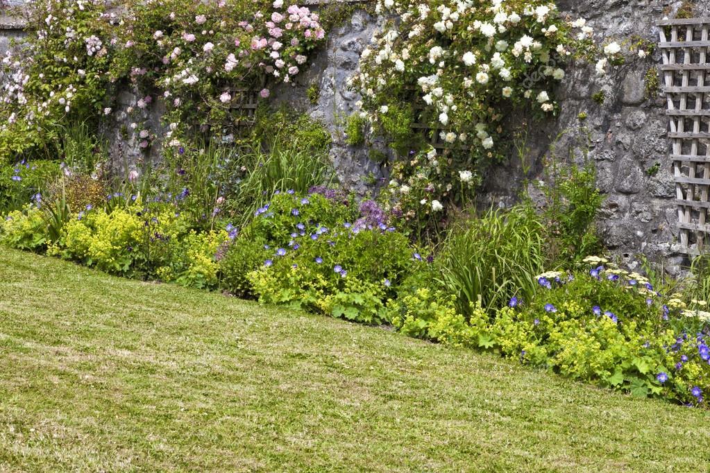 Jardim Pedras E Flores: Pedras para jardim tipos u doitri.