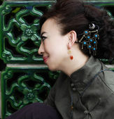 Woman in chinese traditional — Stock Photo