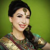 Asian woman in traditional clothing — Stock Photo