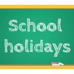 Vector blackboard stationery school holidays — Stock Vector #74497543