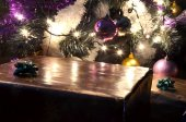 Detail of christmas tree with gifts — Fotografia Stock