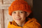 Unidentified Buddhist novice in Vat Xieng Thong — Stock Photo