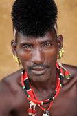 Hamer warrior in Dimeka, Lower Omo Valley, Ethiopia — Stock Photo