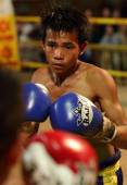 Muay Lao kick boxing fight in Laos — Stock Photo