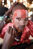 Young man with face painting in Lower Omo Valley, Ethiopia — Stock Photo