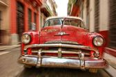 Classic American car in the streets of old Havana, Cuba — Stock Photo